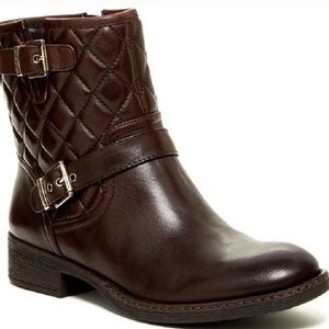 ARTURO CHIANG Sarabeth Quilted Leather Ankle Boot